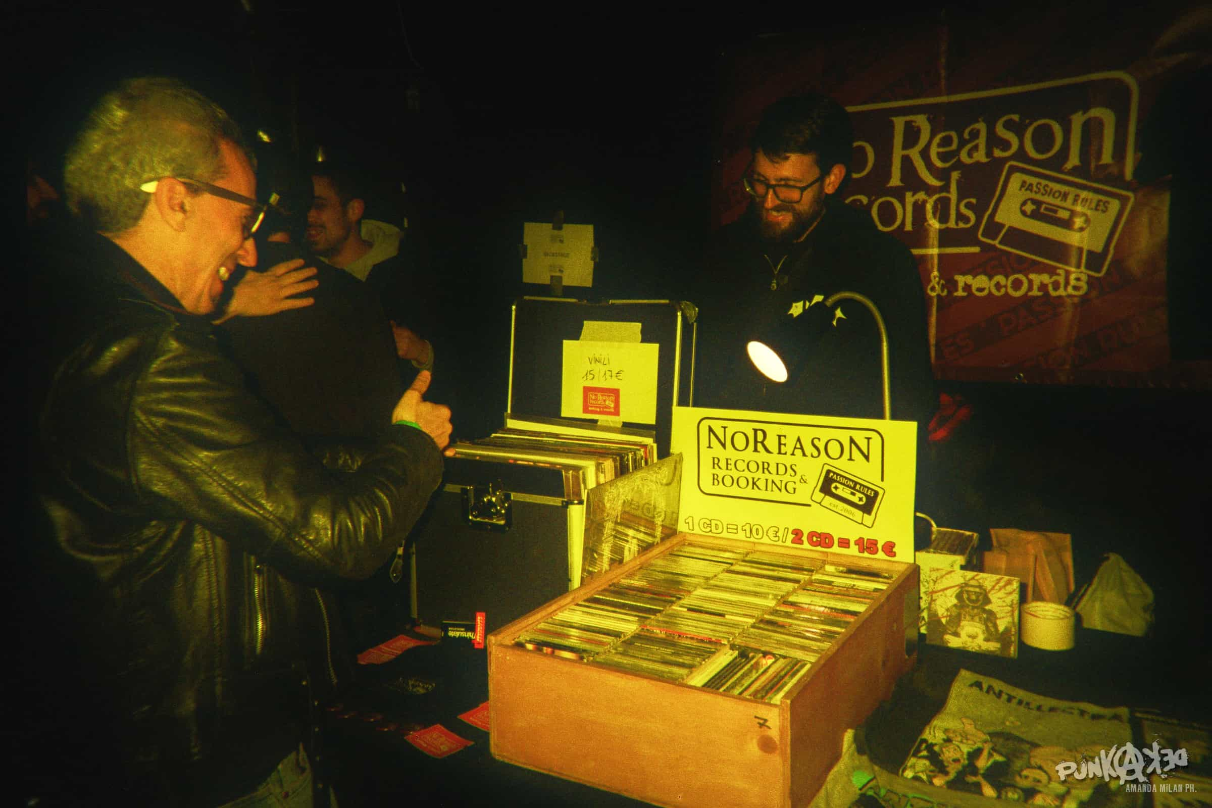 European Punk Rock Family selling vinyls with passion